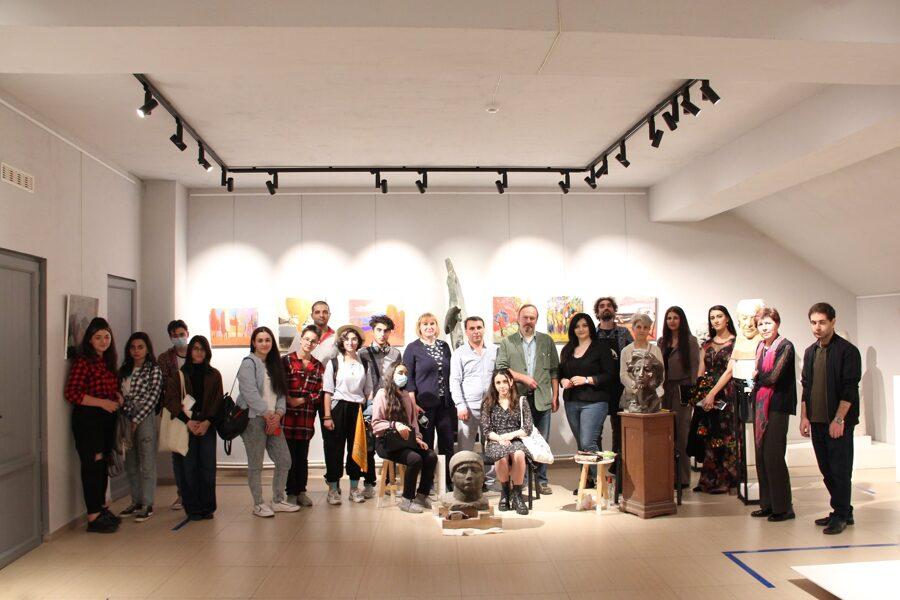 Նկարիչ -վերականգնող մասնագիտության 2-րդ կուրսի ուսանողները՝ ռուս մասնագետների վարպետության դասին