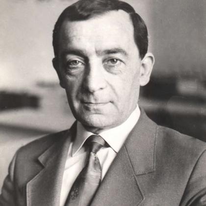 Степанян Генрик Заместитель директора Ереванского Кинотехникума с 1972 по 1978 гг.